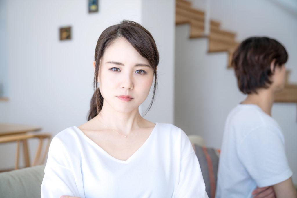 共働きによるすれ違いが原因で31歳で離婚。2年後に再婚