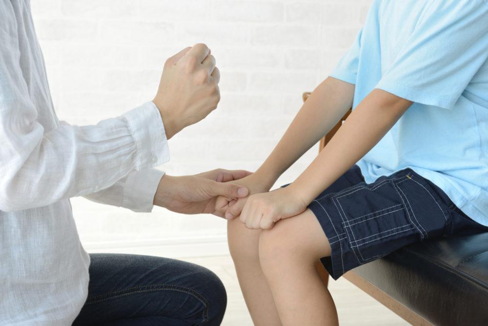子供への暴力のイメージ